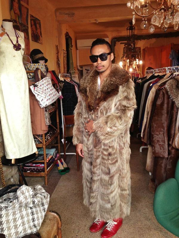 reggio emilia fur coat shopping