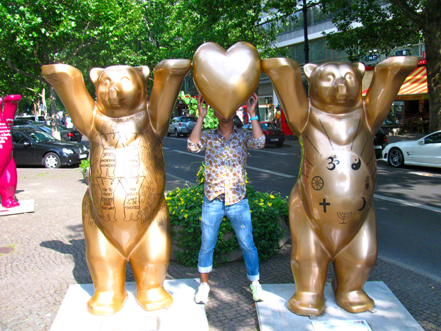 With the Berlin Buddy Bears during their pit stop in Berlin on their global tour.