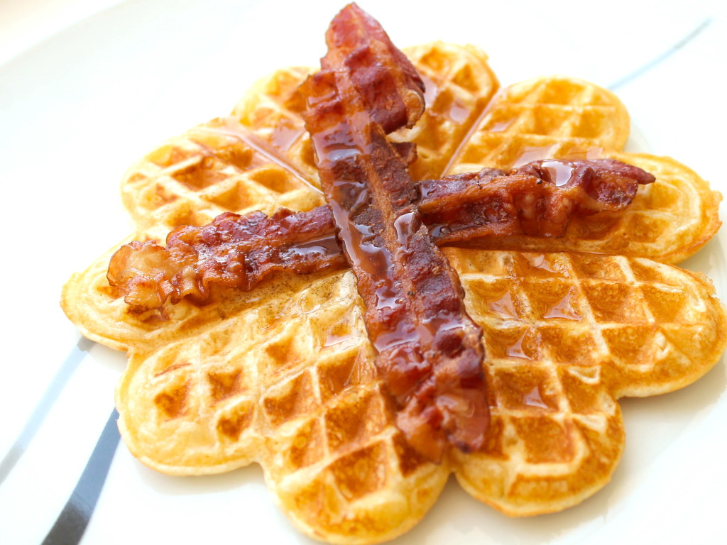 why does belgian waffles launch can Belgian waffle recipe it is easy to differentiate brussels waffle rectangular sides with liege waffles here is a simple recipe for you the presto flipside belgian waffle maker is one of the best waffle irons out there in the market it is very user friendly, and has a lot of great functions that are necessary.