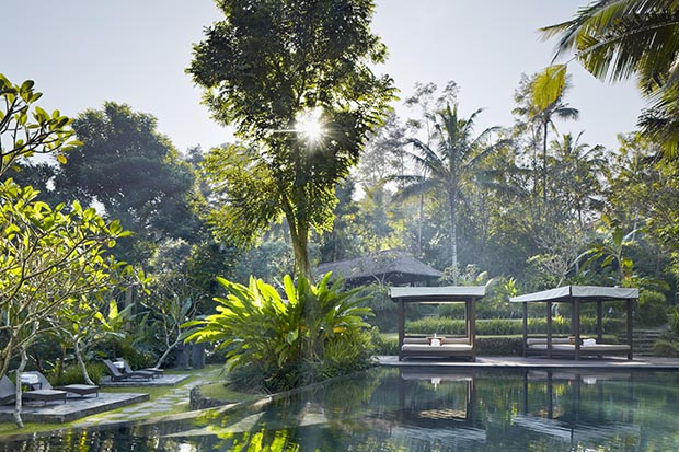 kayumanis-ubud-main-swimming-pool