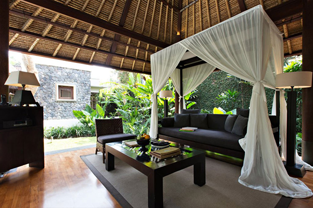 kayumanis-ubud-one-bedroom-living-area